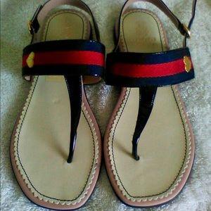 Gucci girls thong sandals.